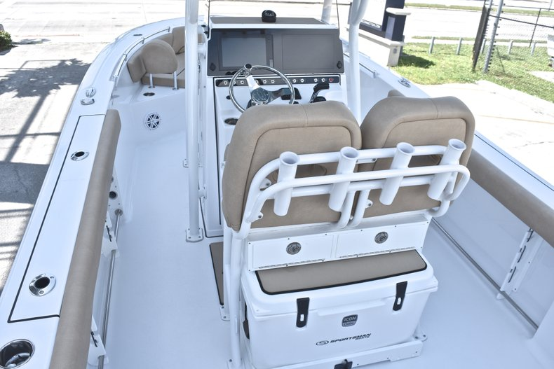 Thumbnail 12 for New 2019 Sportsman Heritage 241 Center Console boat for sale in Fort Lauderdale, FL