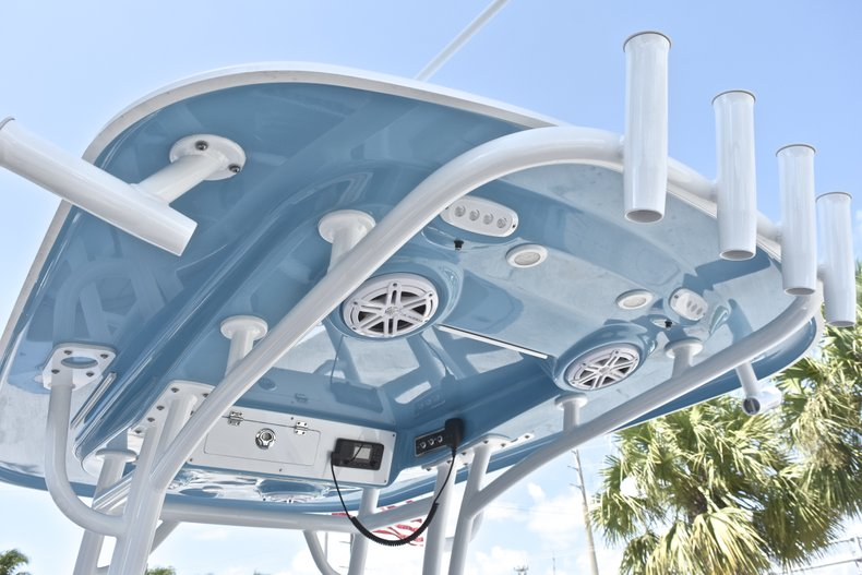 Thumbnail 28 for New 2019 Sportsman Heritage 241 Center Console boat for sale in Fort Lauderdale, FL