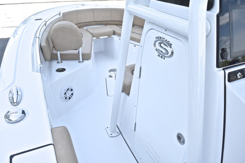 Thumbnail 45 for New 2019 Sportsman Heritage 241 Center Console boat for sale in Fort Lauderdale, FL
