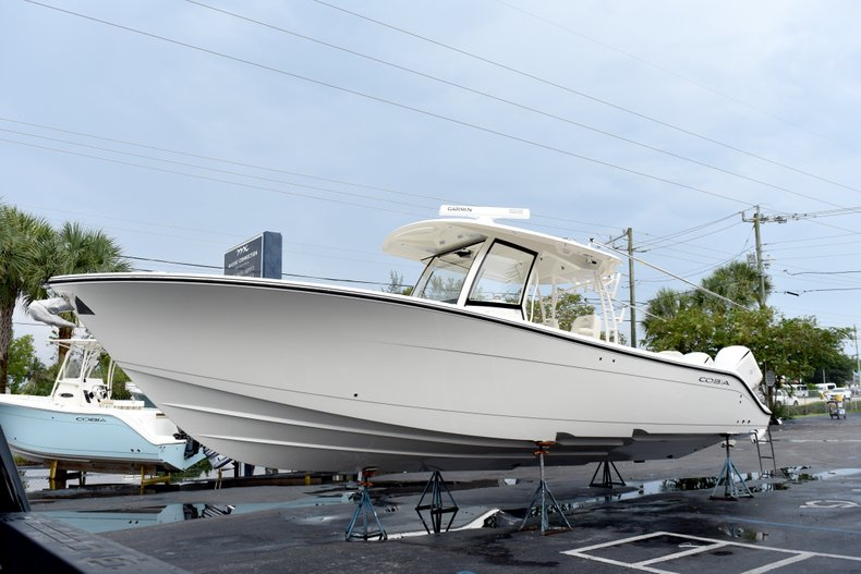 Thumbnail 3 for New 2019 Cobia 344 Center Console boat for sale in Fort Lauderdale, FL