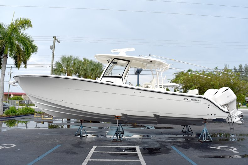 Thumbnail 4 for New 2019 Cobia 344 Center Console boat for sale in Fort Lauderdale, FL