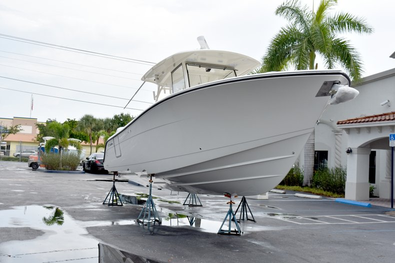 Thumbnail 1 for New 2019 Cobia 344 Center Console boat for sale in Fort Lauderdale, FL