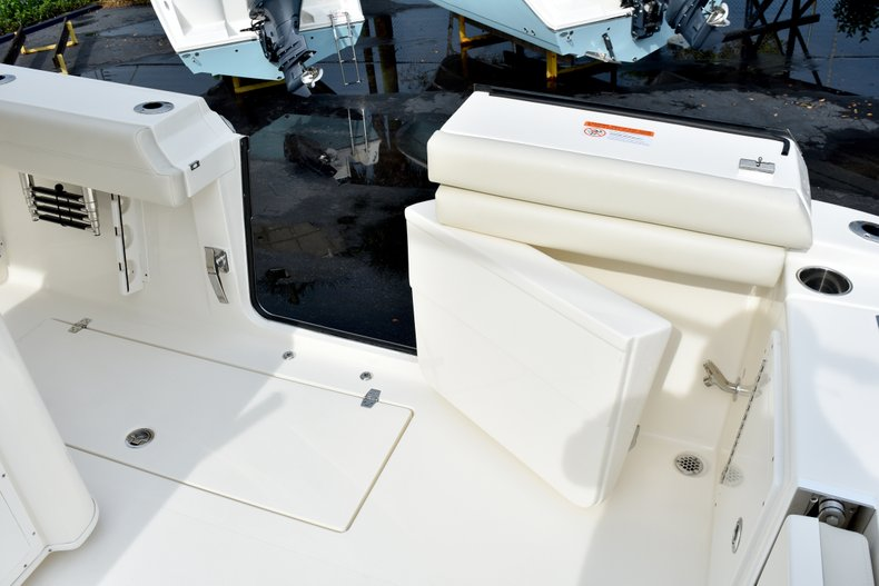 Thumbnail 26 for New 2019 Cobia 344 Center Console boat for sale in Fort Lauderdale, FL