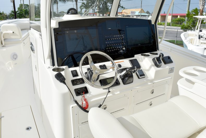 Thumbnail 50 for New 2019 Cobia 344 Center Console boat for sale in Fort Lauderdale, FL