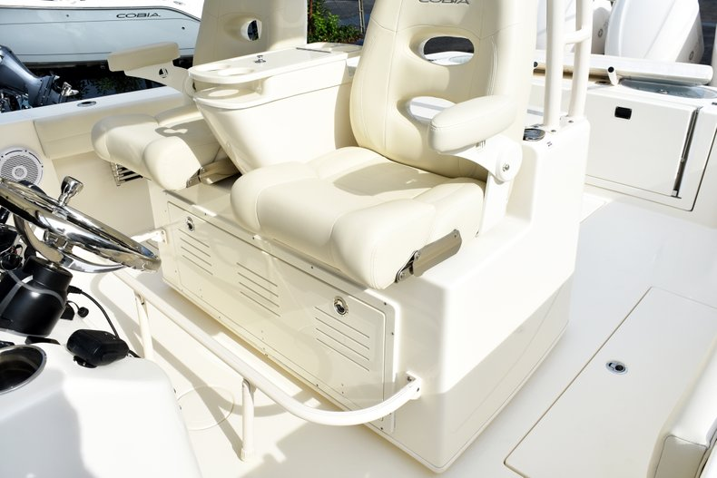 Thumbnail 38 for New 2019 Cobia 344 Center Console boat for sale in Fort Lauderdale, FL