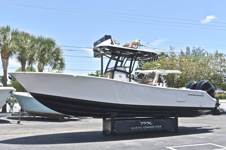 Thumbnail 5 for New 2019 Sportsman Open 282 TE Center Console boat for sale in West Palm Beach, FL