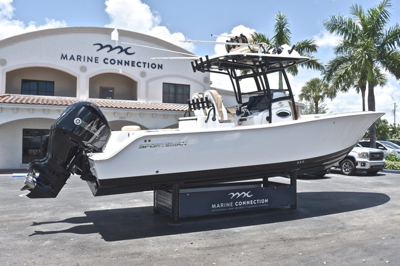 Thumbnail 9 for New 2019 Sportsman Open 282 TE Center Console boat for sale in West Palm Beach, FL