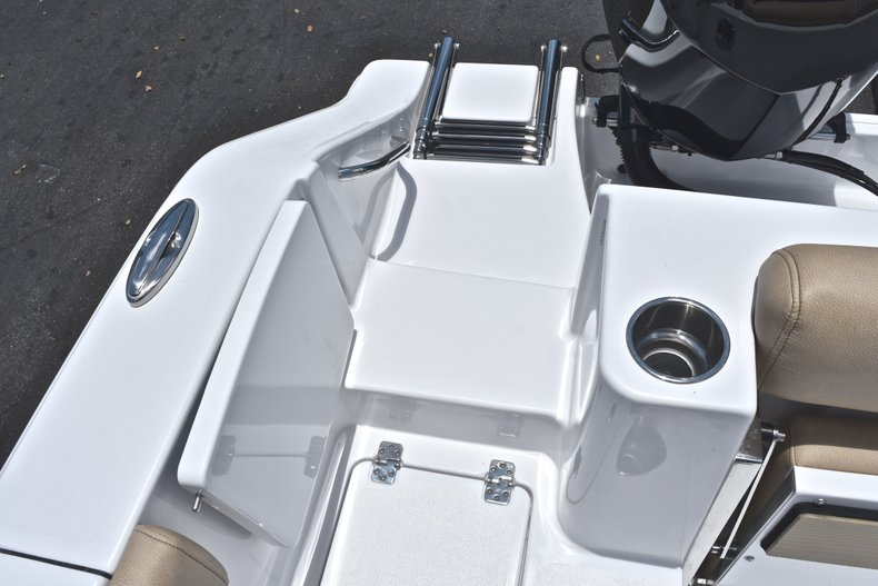 Thumbnail 18 for New 2019 Sportsman Open 282 TE Center Console boat for sale in West Palm Beach, FL