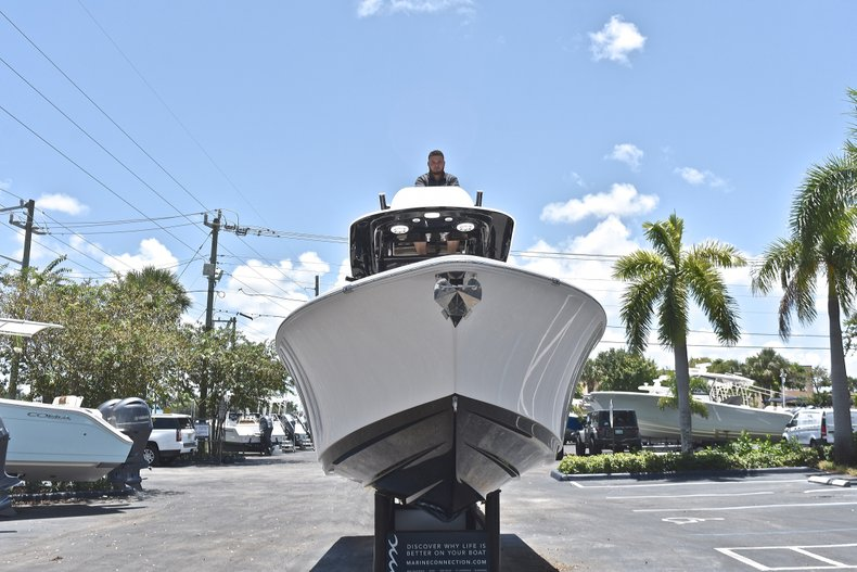 Thumbnail 12 for New 2019 Sportsman Open 282 TE Center Console boat for sale in Fort Lauderdale, FL