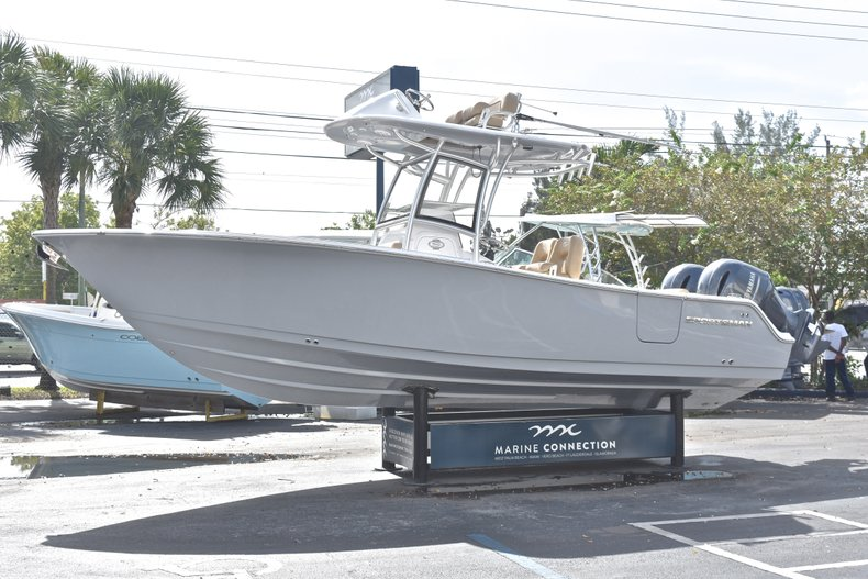 Thumbnail 4 for New 2019 Sportsman Open 252 Center Console boat for sale in West Palm Beach, FL