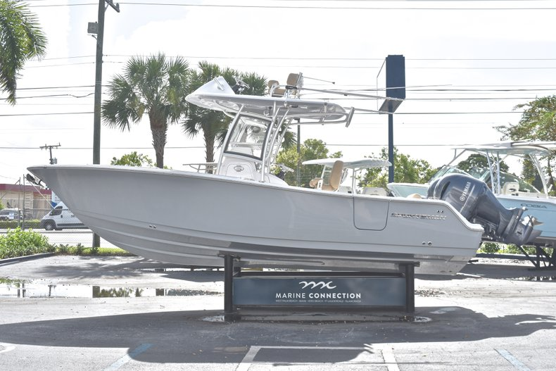 Thumbnail 5 for New 2019 Sportsman Open 252 Center Console boat for sale in Fort Lauderdale, FL