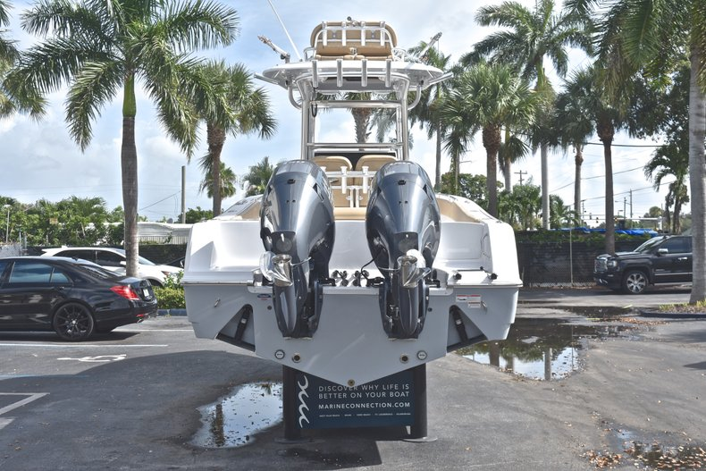 Thumbnail 7 for New 2019 Sportsman Open 252 Center Console boat for sale in West Palm Beach, FL