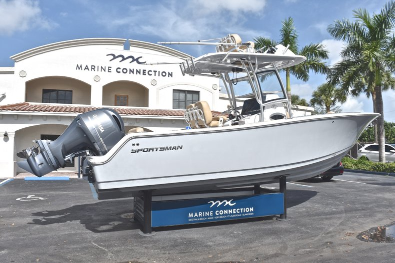 Thumbnail 8 for New 2019 Sportsman Open 252 Center Console boat for sale in West Palm Beach, FL