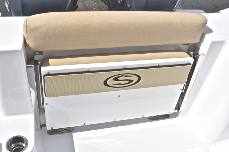 Thumbnail 15 for New 2019 Sportsman Open 252 Center Console boat for sale in West Palm Beach, FL