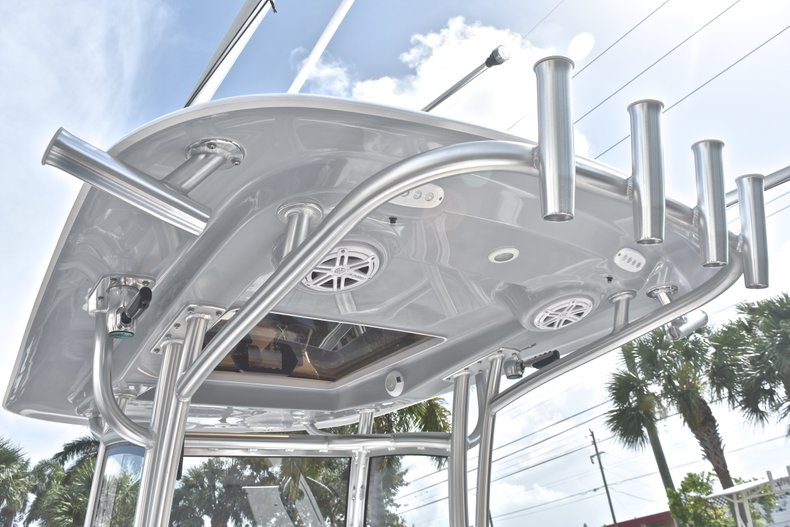 Thumbnail 31 for New 2019 Sportsman Open 252 Center Console boat for sale in West Palm Beach, FL