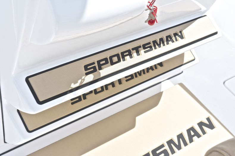 Thumbnail 37 for New 2019 Sportsman Open 252 Center Console boat for sale in West Palm Beach, FL
