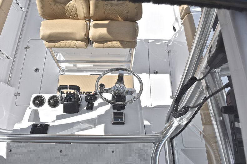 Thumbnail 49 for New 2019 Sportsman Open 252 Center Console boat for sale in Fort Lauderdale, FL