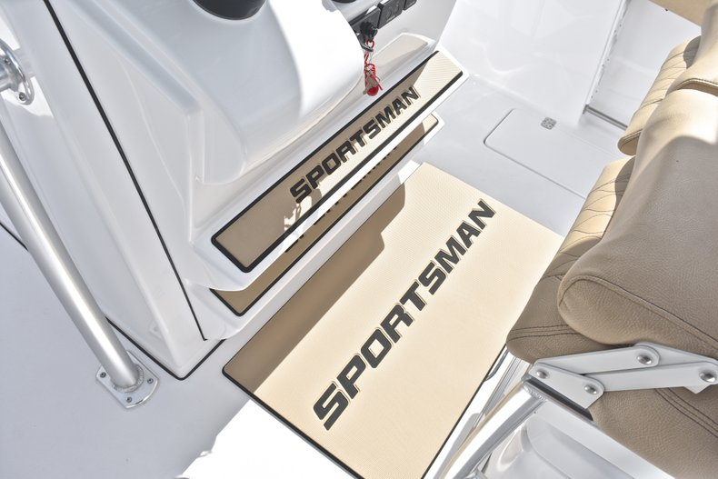 Thumbnail 59 for New 2019 Sportsman Open 252 Center Console boat for sale in West Palm Beach, FL