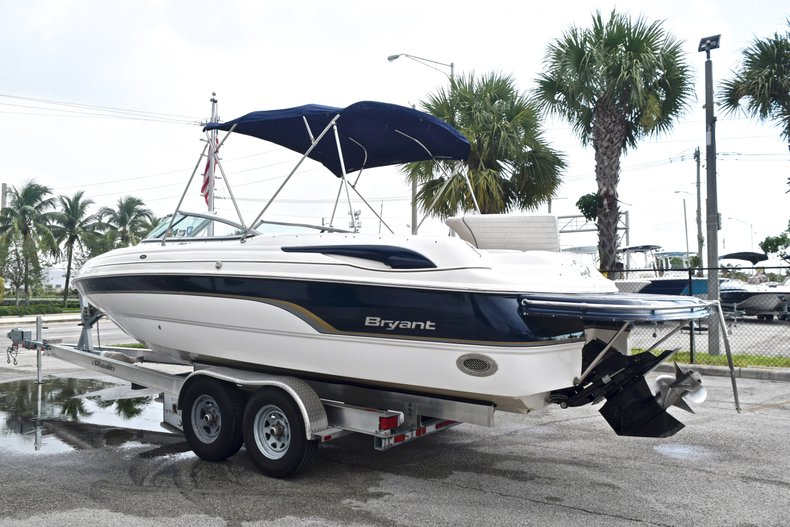 Thumbnail 4 for Used 2007 Bryant 240 Bowrider boat for sale in Fort Lauderdale, FL
