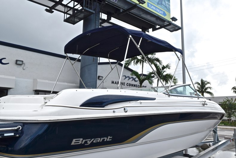Thumbnail 10 for Used 2007 Bryant 240 Bowrider boat for sale in Fort Lauderdale, FL