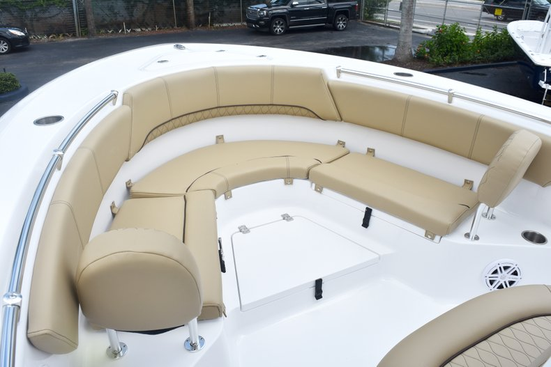 Thumbnail 44 for New 2019 Sportsman Heritage 231 Center Console boat for sale in Fort Lauderdale, FL