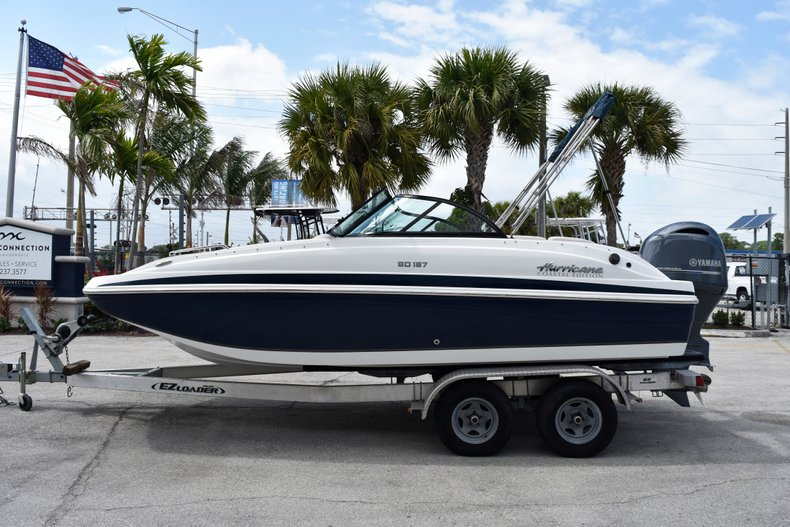 New 2019 Hurricane SunDeck SD 187 OB boat for sale in Fort Lauderdale, FL