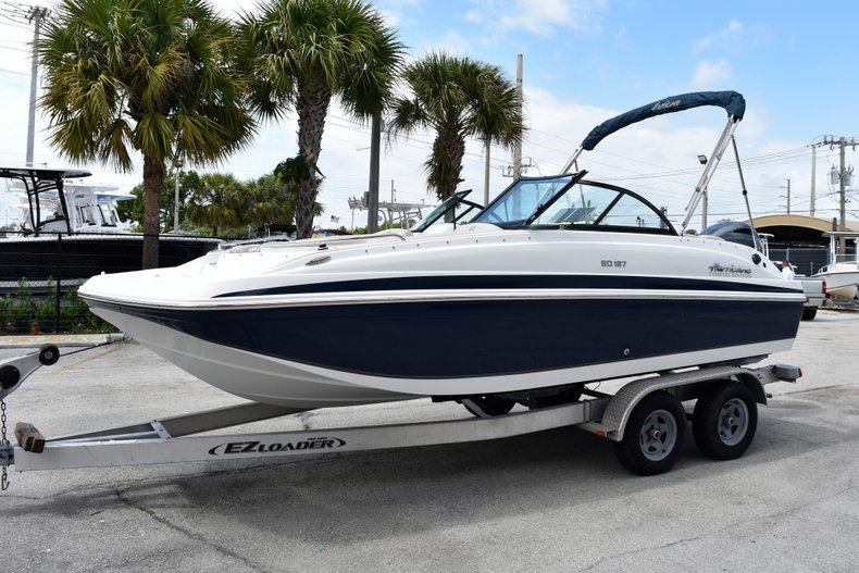 Thumbnail 1 for New 2019 Hurricane SunDeck SD 187 OB boat for sale in Fort Lauderdale, FL