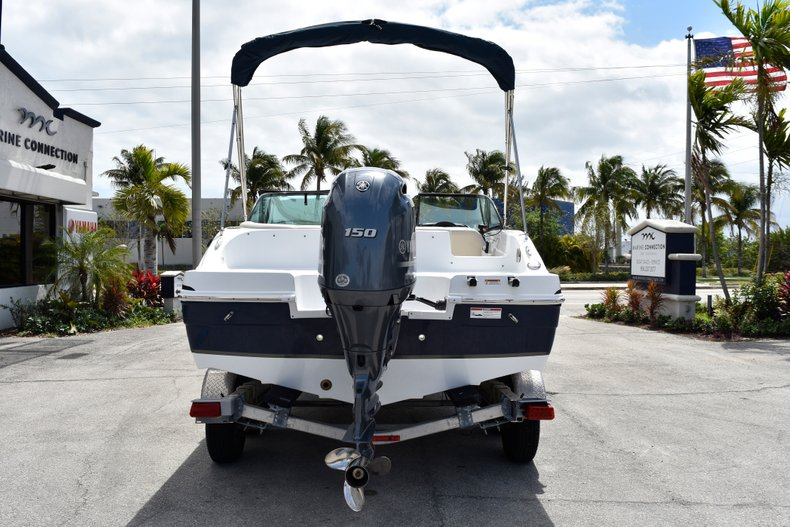 Thumbnail 6 for New 2019 Hurricane SunDeck SD 187 OB boat for sale in Fort Lauderdale, FL