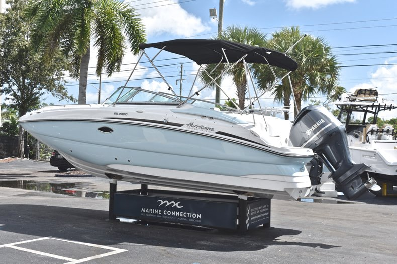 Thumbnail 5 for New 2019 Hurricane SunDeck SD 2400 OB boat for sale in Fort Lauderdale, FL