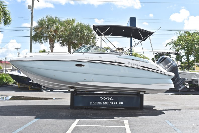 Thumbnail 4 for New 2019 Hurricane SunDeck SD 2400 OB boat for sale in Fort Lauderdale, FL