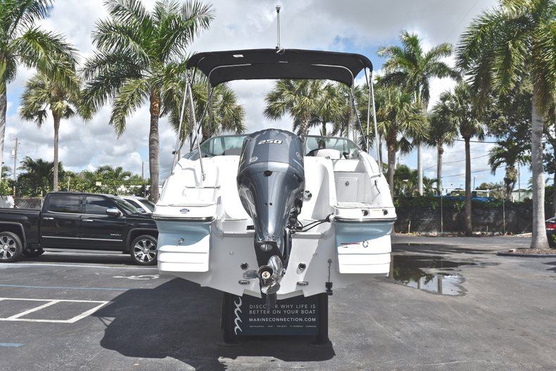Thumbnail 6 for New 2019 Hurricane SunDeck SD 2400 OB boat for sale in Fort Lauderdale, FL