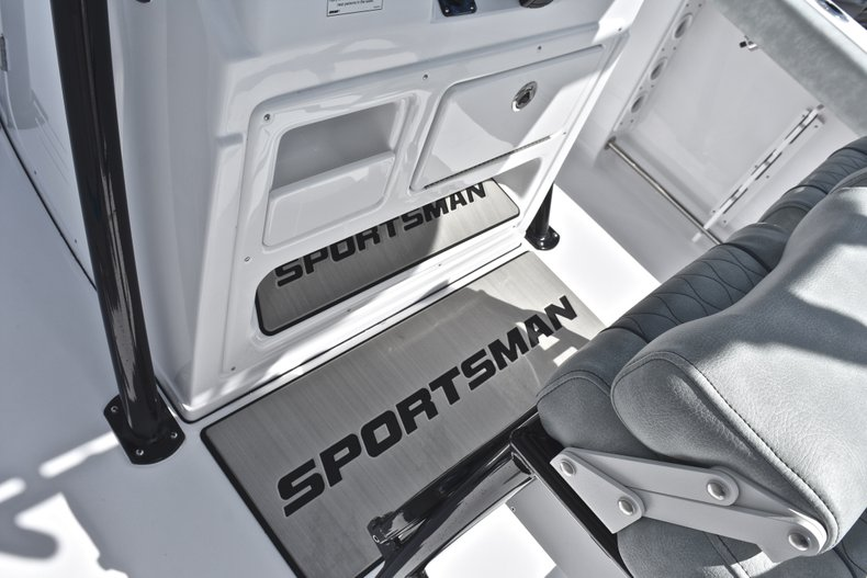 Image 39 for 2019 Sportsman Open 232 Center Console in Fort Lauderdale, FL