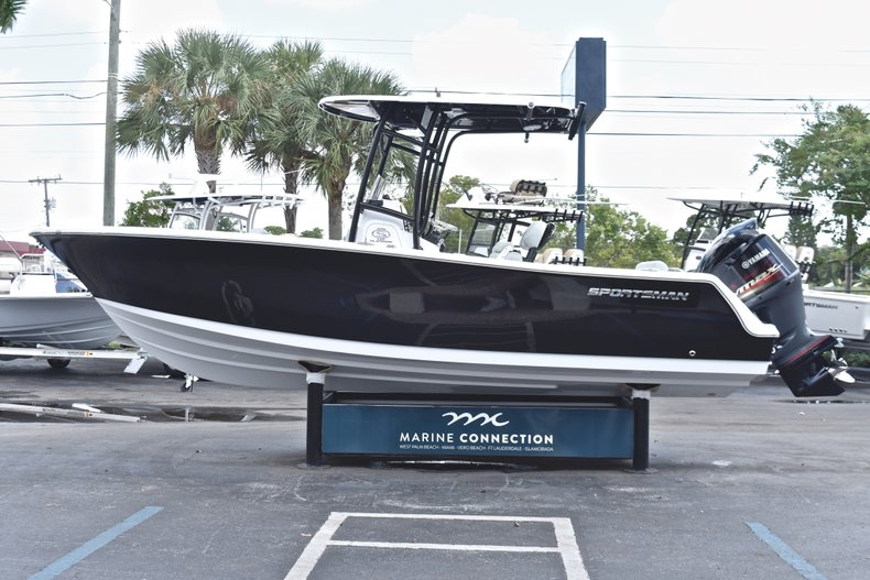 Image 4 for 2019 Sportsman Open 232 Center Console in Fort Lauderdale, FL