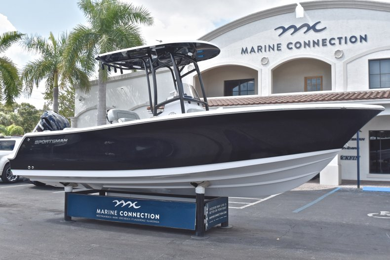 Image 1 for 2019 Sportsman Open 232 Center Console in Fort Lauderdale, FL