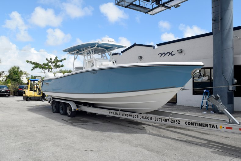Photo for 2017 Mako 334 Center Console