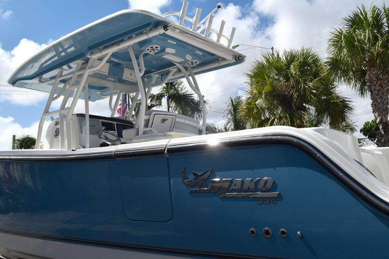 Thumbnail 9 for Used 2017 Mako 334 Center Console boat for sale in Fort Lauderdale, FL