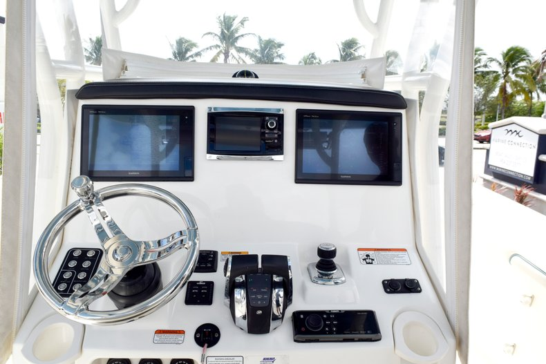 Thumbnail 59 for Used 2017 Mako 334 Center Console boat for sale in Fort Lauderdale, FL