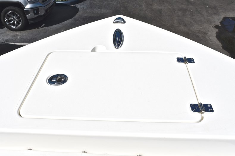Thumbnail 44 for New 2019 Cobia 220 Center Console boat for sale in Fort Lauderdale, FL