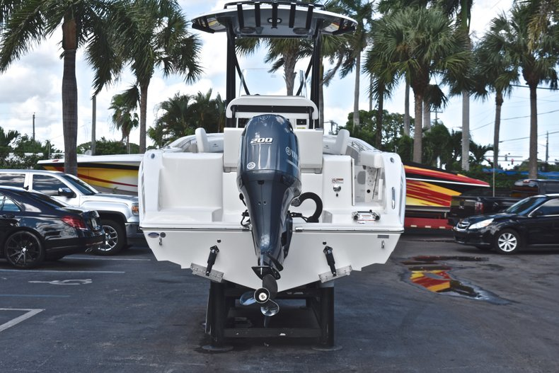 Thumbnail 6 for New 2019 Cobia 220 Center Console boat for sale in Fort Lauderdale, FL