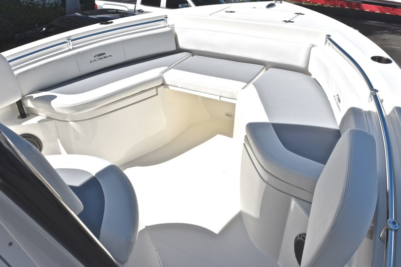 Thumbnail 36 for New 2019 Cobia 220 Center Console boat for sale in Fort Lauderdale, FL