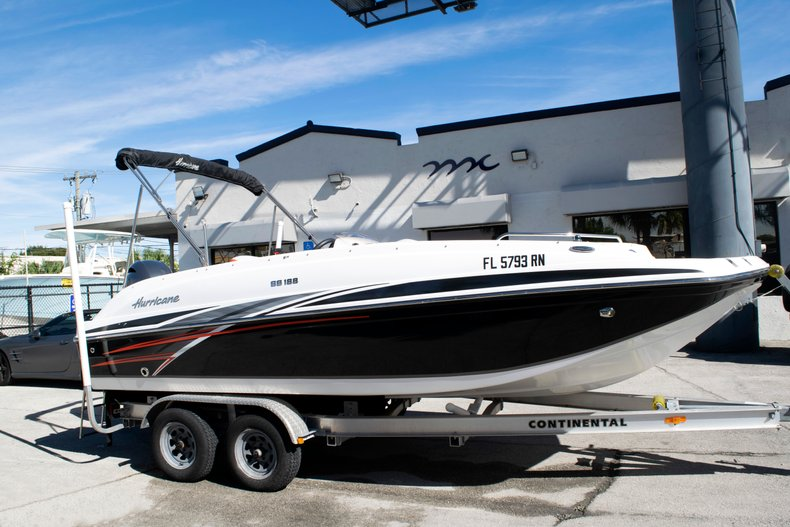 Image 1 for 2017 Hurricane SunDeck Sport SS 188 OB in Fort Lauderdale, FL