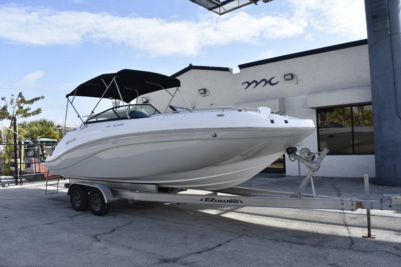 Thumbnail 1 for New 2019 Hurricane SunDeck SD 2486 OB boat for sale in Fort Lauderdale, FL