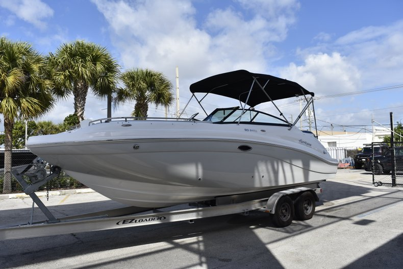 Thumbnail 3 for New 2019 Hurricane SunDeck SD 2486 OB boat for sale in Fort Lauderdale, FL
