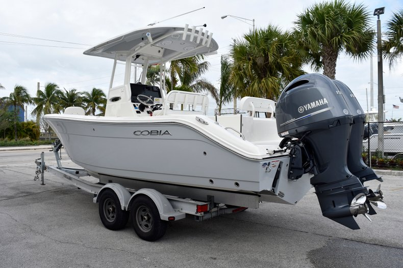 Image 7 for 2019 Cobia 240 CC Center Console in West Palm Beach, FL