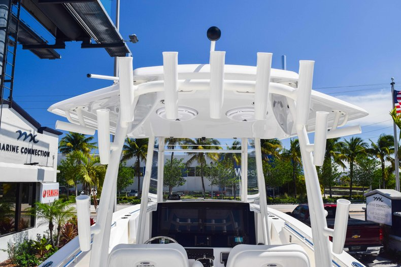 Thumbnail 21 for New 2019 Cobia 320 Center Console boat for sale in West Palm Beach, FL