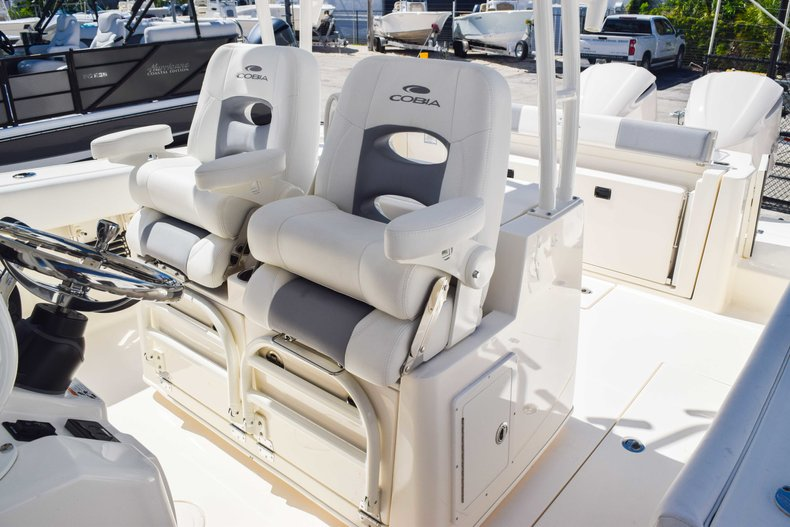 Thumbnail 51 for New 2019 Cobia 320 Center Console boat for sale in West Palm Beach, FL