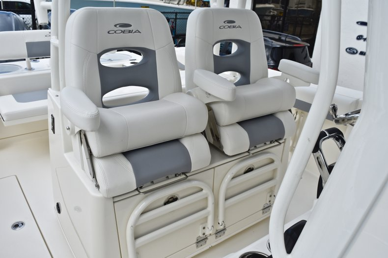 Thumbnail 32 for New 2019 Cobia 301 CC Center Console boat for sale in Vero Beach, FL