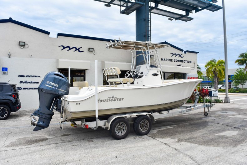 Image 8 for 2018 NauticStar 22XS in Fort Lauderdale, FL