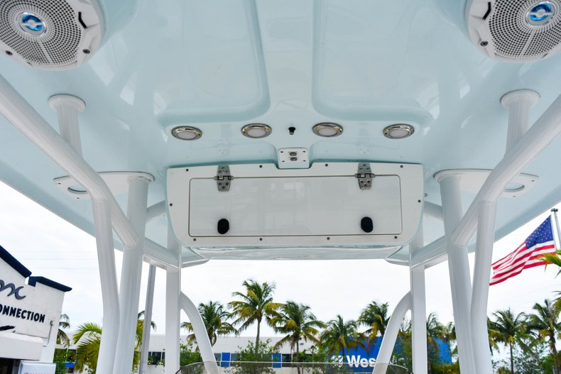 Thumbnail 44 for Used 2018 Sea Hunt 234 Ultra boat for sale in Fort Lauderdale, FL