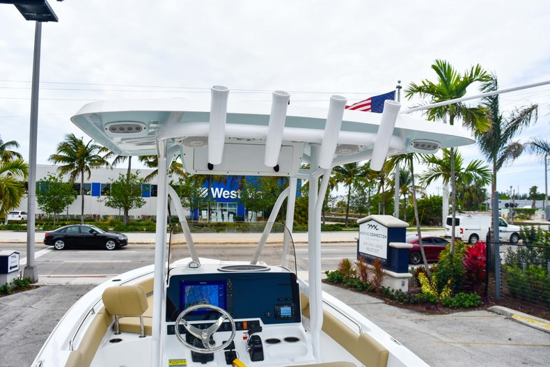 Thumbnail 48 for Used 2018 Sea Hunt 234 Ultra boat for sale in Fort Lauderdale, FL